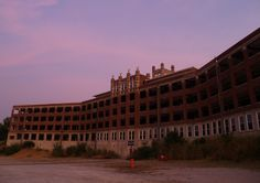 . Waverly Hills Sanitarium – Louisville, Kentucky The Waverly Hills Sanitarium is said to be one of the hottest spots for paranormal activity in the world. Almost all aspects of a haunting have been witnessed in / around the location. Everything from cold spots and disembodied voices to ghostly appearances, flying objects, and even reported demonic possessions have been witnessed at the former Tuberculosis hospital.
