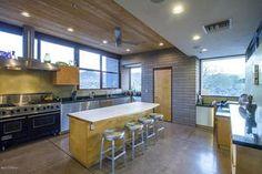 4950 W Lazy C Dr, Tucson, AZ 85745 - Kitchen