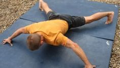 This is a brutal, but highly effective exercise that gets harder the lower you go! See photo. Hold the position statically for up to 10 seconds. Rock Climbing Training, Climbing Workout, Body Training, Weight Training, Parkour, Yoga Fitness, Preparation Physique, Keep Fit, Get In Shape