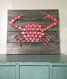 Crabs & beer anyone?? Beer bottle cap art. ❤️❤️