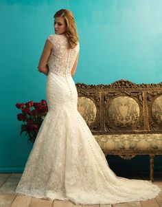 Magnificent mermaids! There is such a choice of mermaid-style gowns in the Fall 2015 Allure Bridals collection by @allurebridals. See the full collection at http://www.weddingdressexpert.co.uk/dress-gallery/?filtering=1&filter_designer=266&filter_year-of-collection=493