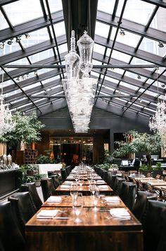 Hotel / restaurant NoMo Soho New York. 9 Crosby Street. Soho. NYC. Tel. 646 218 6400. http://www.nomosoho.com.