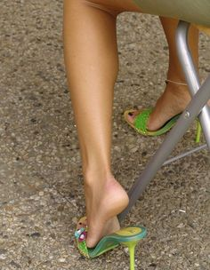 Bare feet in flip-flops, mules, pumps, flat pumps and clogs. Very High Heels, Hot High Heels, Beautiful High Heels, Gorgeous Feet, Feet Soles, Women's Feet, High Heel Mule Shoes, Shoes Heels, Sexy Legs And Heels