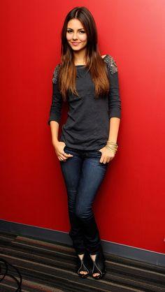 Victoria Justice (2010) #actriz #actress
