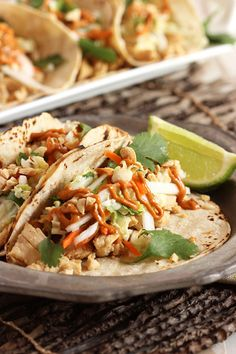 Thai Chicken Tacos w Peanut Sauce. These Thai Chicken Tacos with Spicy Peanut Sauce can easily be made with leftover or rotisserie chicken. You'll love this new twist. Leftover Chicken Recipes, Roast Chicken Recipes, Leftovers Recipes, Turkey Recipes, Peanut Sauce Chicken, Spicy Peanut Sauce, Peanut Butter, Thai Chicken, Chicken Tacos