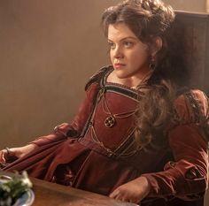 Renaissance Era, Renaissance Costume, Period Costumes, Movie Costumes, Margaret Tudor, Narnia Cast, Tudor Fashion, Georgie Henley, Catherine Of Aragon