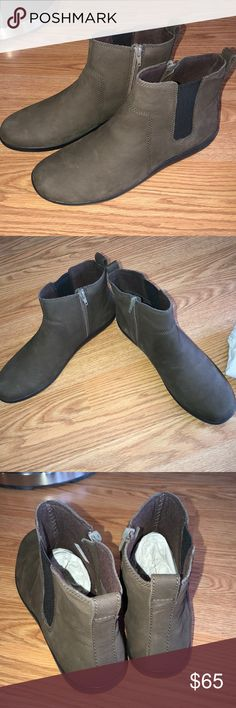 Clarks booties soft cushion collection brown Size 11. New. No box! From qvc !! Soft leather. Clarks Shoes