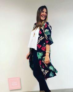 #kimono negro #primavera #moda #casual #fashionista #chicas @isabel Herrán Exclusivo Kimono Top, Women, Fashion, Kimonos, Unique Clothing, Beach Outfits, Spring, Black, Girls