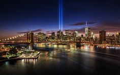 Long exposure image of the 9/11 Tribute in Lights taken from the Manhattan Bridge.