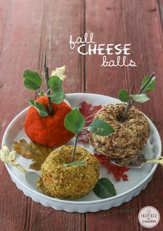 Bacon and Cheddar Cheese Balls - that look like apples! Great fall appetizer!