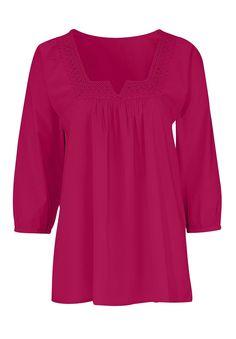 http://www.fullbeauty.com/clothing/Macrame-trim-blouse-by-Ellosandreg.aspx?PfId=170887