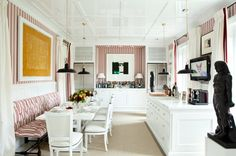 love the banquette and the bar, great for entertaining friends