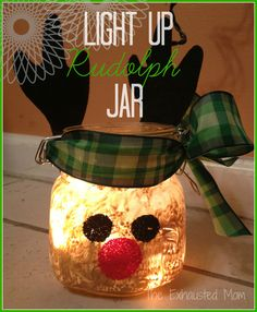 These easy DIY Light Up Christmas Jars are unique and adorable idea to give as gifts at Christmas time.