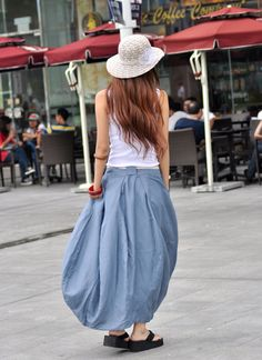 About the piece:  This graceful and romantic bud style skirt has irregular sweep. It is different from other skirts.  * Asymmetrical romantic