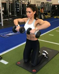 """8,431 Likes, 64 Comments - Alexia Clark (@alexia_clark) on Instagram: """"Upper Body Burnout 30seconds of each exercise 4 rounds NO REST #alexiaclark #queenofworkouts…"""""""