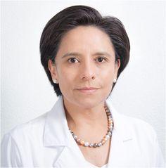 Estudié en la Facultad de Medicina, Universidad Autónoma de Guadalajara (UAG) con estudios incorporados a la UNAM, de 1982 a 1986.