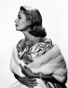 Grace Kelly. <3