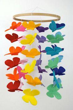 Mariposas de colores en fieltro
