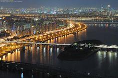 Han river in Seoul, korea
