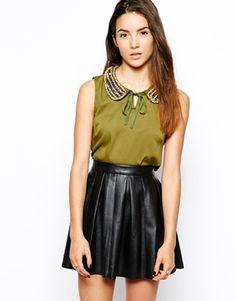 Glamorous Blouse with Peter Pan Collar
