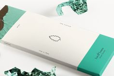 Identity and packaging created for conceptual luxury chocolate brand Luc & Louna. A selection of chocolate bars was developed and designed to showcase the different flavors, each with a minimal approach leaving the chocolate in focus.