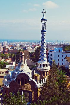 Gaudi's Parc Guell in Barcelona   Barcelona Airport Private Arrival Transfer Excursions in Barcelona Holidays in Barcelona Sightseeing tours, airport transfers, taxi, interpreter and your personal guide in Bar