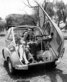 Eva Wilma & John Herbert - Romi-Isetta - 1957 - Fotolog