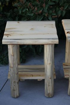 Rustic Log (Live Edge) Top End Table / NightStand - Cabin, Lodge Log Furniture - Free Shipping