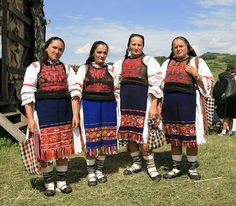 Traditional Romanian folk costumes from Ungureni, Lăpuş Region, Maramureş Mountain Climbing Gear, Romania People, European Costumes, Folk Clothing, Medieval Town, Folk Costume, Traditional Dresses, Gq, Clothes