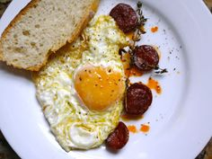It sounds simple—too simple. I mean, do you need a full recipe describing how to fry and egg warm up chorizo? Luckily, José Andrés, in a recipe from Made in Spain, manages to throw in a couple tricks to this seemingly basic dish, helping transform into something beyond a basic dinner.