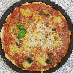 Italialainen tonnikalapiirakka Quiche, Breakfast, Food, Breakfast Cafe, Essen, Quiches, Yemek, Custard Tart, Meals