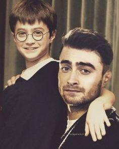 daniel radcliffe childhood photo - Famous Last Words Saga Harry Potter, Harry Potter Characters, Harry Potter Memes, Potter Facts, Cartoon Characters, Daniel Radcliffe, Celebrities Then And Now, Famous Celebrities, Celebs