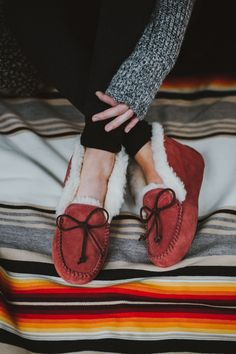 The color we all need this UGG season: spice.