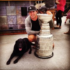 Arnold and Mike Richards with Lord Stanley (LA Kings). Arnold might be my favorite hockey dog.