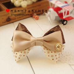 Bow Ribbon and Buttons - Moño cintas y botón bow ribbon