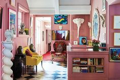 Jewelry designer Solange Azagury-Partridge's whimsical, vibrant West London apartment feels like a reflection of her wor Living Room Decor, Living Spaces, Bedroom Decor, Bedroom Inspo, Bedroom Ideas, Home Interior Design, Interior And Exterior, London Apartment, Colorful Interiors