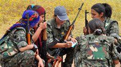 【イスラム国】 シリアではクルド女性が銃を持ってISISに抵抗している。 → 日本では人質事件で左翼女性がプラカードを持って見当はずれの安倍首相を批判している。 : まとめ安倍速報