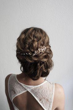Side swept Updo , bridalhair , Brautfrisur , hairstyle , Haarschmuck , headpiece , Kopfschmuck , braut , Hochzeit