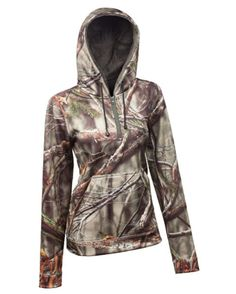 Camo hoodie / pullover <3