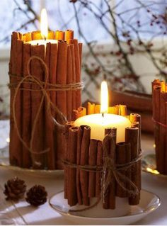 Tie cinnamon sticks around your candles. the heated cinnamon makes your house smell amazing. good holiday gift idea too. Tie cinnamon sticks around your candles. the heated cinnamon makes your house smell amazing. good holiday gift idea too. Natal Diy, Noel Christmas, Christmas Candles, Hygge Christmas, Rustic Christmas, Scandinavian Christmas, Scandinavian Style, Christmas Smells, Homemade Christmas
