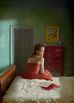 These Edward Hopper-Inspired Dollhouses Will Make You Fall In Love With The Indoors