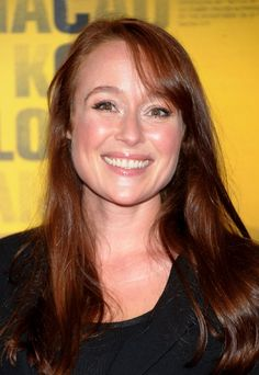 jennifer ehle. or as we all know you as: Lizzie Bennet from P & P! you were in the new film Contagion, you make a really cute doctor.