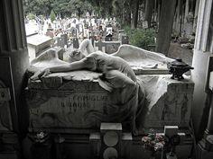 Cemitério Monumental di Staglieno em Gênova - Itália