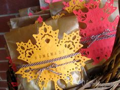 Leaf Doily Fall Treat Packaging Favors