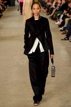 Boss Fall 2016 Ready-to-Wear Fashion Show