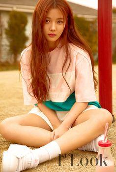 Kim Yoo Jung (1st Look Magazine FILA x PEPSI 2017) - Album on Imgur