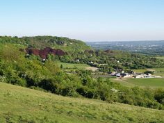 View over Kent from Bluebell Hill [shared] South East England, England Uk, England Countryside, Uk Photos, Small Island, London City, British Isles, Places Ive Been, Britain
