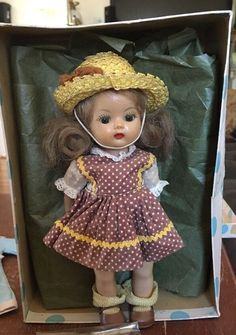 VINTAGE 1950s NANCY ANN MUFFIE DOLL 8 INCHES TALL WITH BOX AND ACCESSORIES #NancyAnn