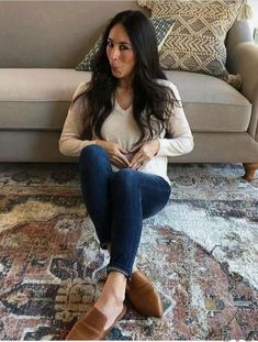 Upper star Joanna Gaines shares glimpse of baby bump Bumping along: Fixer Upper's Joanna Gaines shared a glimpse of her baby bump withe fans on.Bumping along: Fixer Upper's Joanna Gaines shared a glimpse of her baby bump withe fans on. Joanna Gaines Baby, Joanna Gaines Rugs, Joanna Gaines Living Room, Chip Und Joanna Gaines, Jojo Gaines, Joanna Gaines Farmhouse, Magnolia Joanna Gaines, Joanna Gaines Style, Chip Gaines