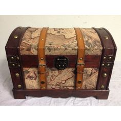 World Map Decorative Antique Style Wooden Storage Box. Something to store yarn in. World Travel Decor, World Map Decor, Decorative Trunks, Decorative Storage, Wooden Storage Boxes, Storage Trunk, Home Decor Styles, Home Decor Items, Sewing Room Decor
